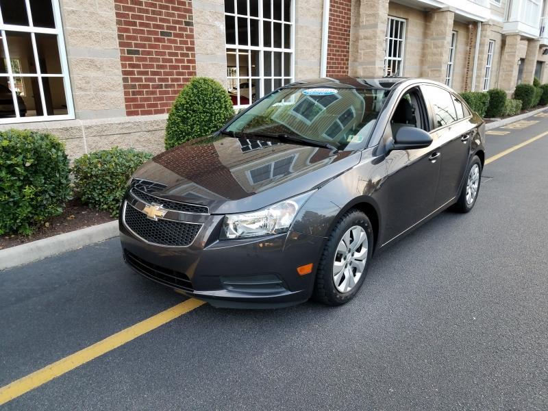 cars for sale / 2014 Chevrolet Cruze LS Auto 4dr Sedan w/1SB /