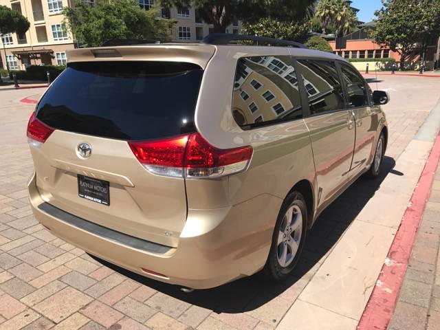2011 Toyota Sienna LE 8-Passenger 4dr Mini-Van V6 - San Bruno CA