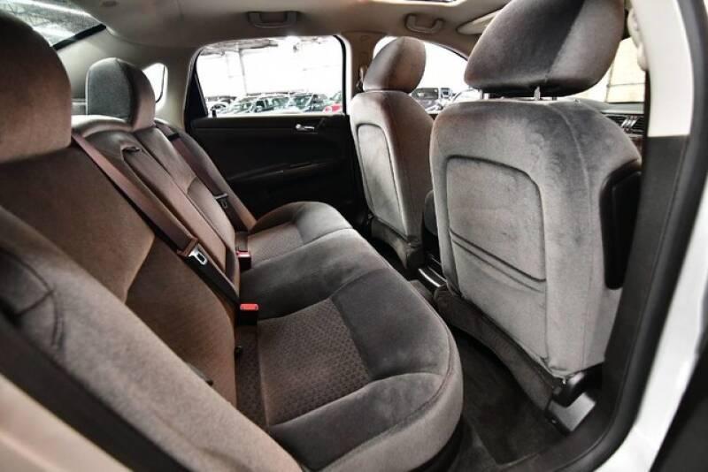 2012 Chevrolet Impala LT 4dr Sedan - Bensenville IL
