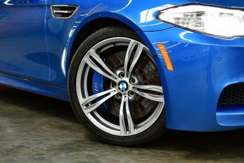 2013 BMW M5 4dr Sedan - Bensenville IL