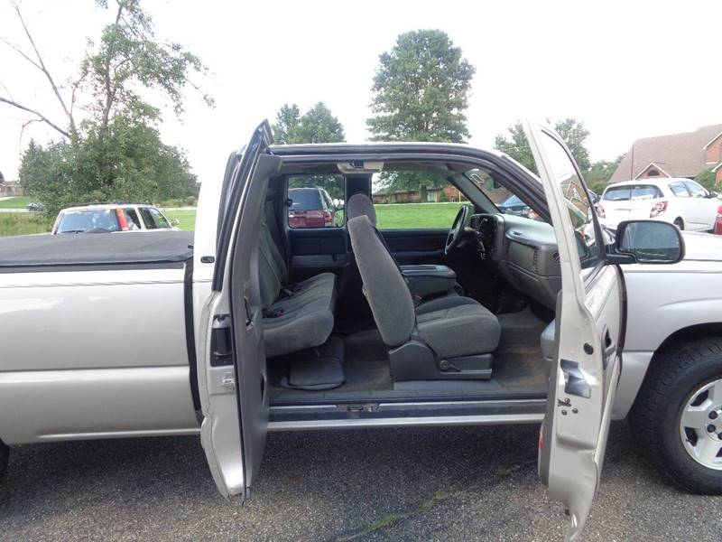 2005 Chevrolet Silverado 1500 4dr Extended Cab LS 4WD LB - Dillonvale OH