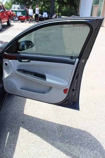 2008 Chevrolet Impala LT 4dr Sedan w/ roof rail curtain delete - Erie PA