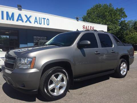 2007 Chevrolet Avalanche for sale at Trimax Auto Group in Norfolk VA