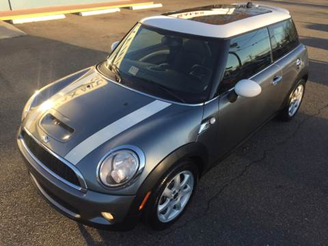 2008 MINI Cooper for sale at Trimax Auto Group in Norfolk VA