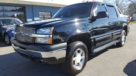 2003 Chevrolet Avalanche for sale at Trimax Auto Group in Norfolk VA
