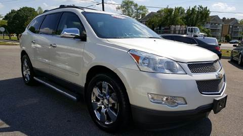 2011 Chevrolet Traverse for sale at Trimax Auto Group in Norfolk VA