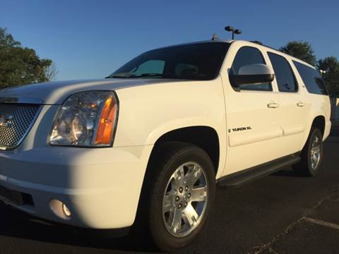 2007 GMC Yukon XL for sale at Trimax Auto Group in Norfolk VA