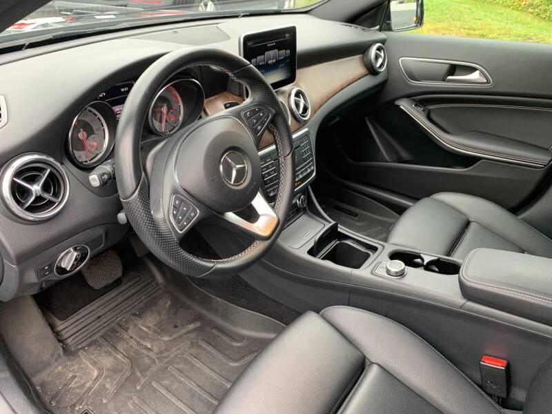 2016 Mercedes-Benz GLA AWD GLA 250 4MATIC 4dr SUV - North Andover MA