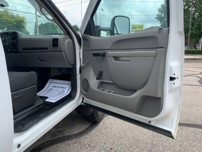 2013 Chevrolet Silverado 2500HD 4X4 Work Truck 2dr Regular Cab - Akron OH