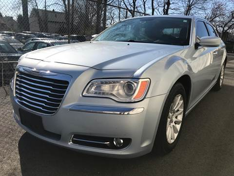2013 Chrysler 300 for sale at MAGIC AUTO SALES in Little Ferry NJ