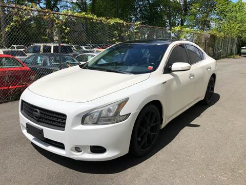 2011 Nissan Maxima for sale at MAGIC AUTO SALES in Little Ferry NJ