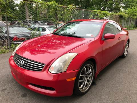 2005 Infiniti G35 for sale at MAGIC AUTO SALES in Little Ferry NJ