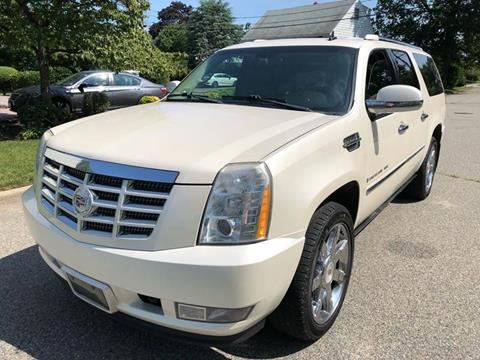 2009 Cadillac Escalade ESV for sale at MAGIC AUTO SALES in Little Ferry NJ