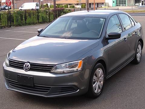 2013 Volkswagen Jetta for sale at MAGIC AUTO SALES in Little Ferry NJ