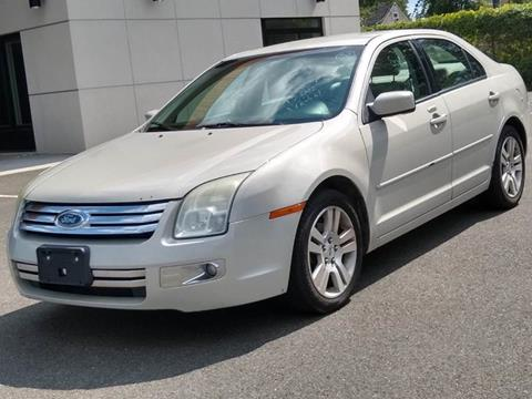 2008 Ford Fusion for sale at MAGIC AUTO SALES in Little Ferry NJ