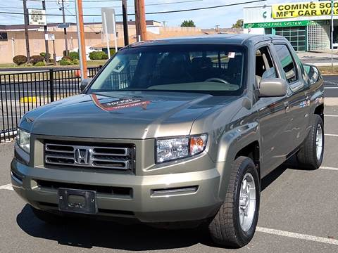 2007 Honda Ridgeline for sale at MAGIC AUTO SALES in Little Ferry NJ