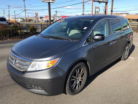 2013 Honda Odyssey for sale at MAGIC AUTO SALES in Little Ferry NJ