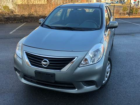 2013 Nissan Versa for sale at MAGIC AUTO SALES in Little Ferry NJ