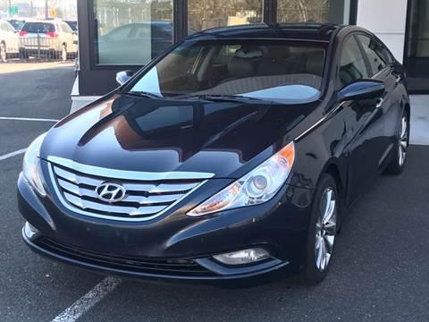2012 Hyundai Sonata for sale at MAGIC AUTO SALES in Little Ferry NJ