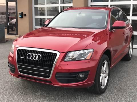 2010 Audi Q5 for sale at MAGIC AUTO SALES in Little Ferry NJ