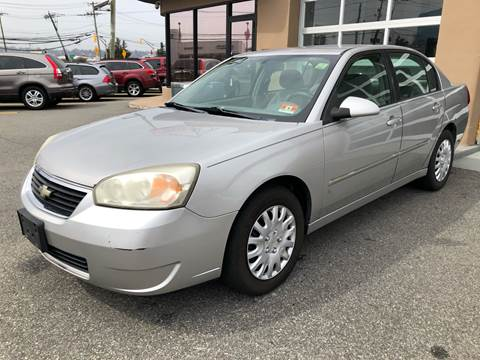 2006 Chevrolet Malibu for sale at MAGIC AUTO SALES in Little Ferry NJ