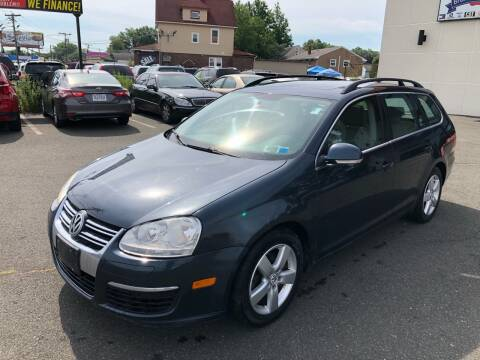 2009 Volkswagen Jetta for sale at MAGIC AUTO SALES in Little Ferry NJ
