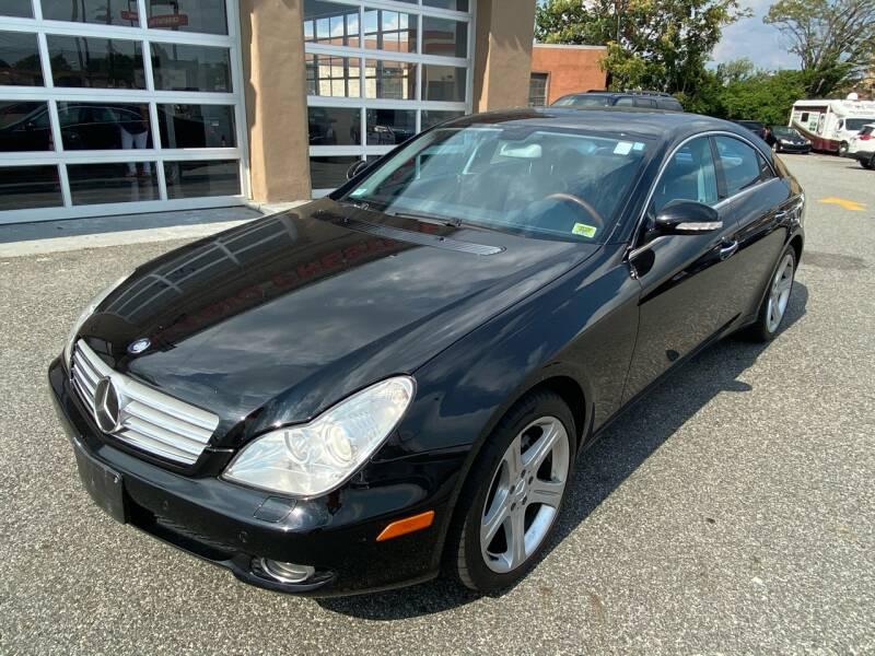 2006 Mercedes-Benz CLS for sale at MAGIC AUTO SALES - Magic Auto Prestige in South Hackensack NJ