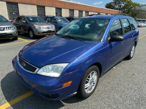 2005 Ford Focus for sale at MAGIC AUTO SALES - Magic Auto Prestige in South Hackensack NJ