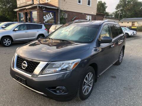 2014 Nissan Pathfinder for sale at MAGIC AUTO SALES in Little Ferry NJ