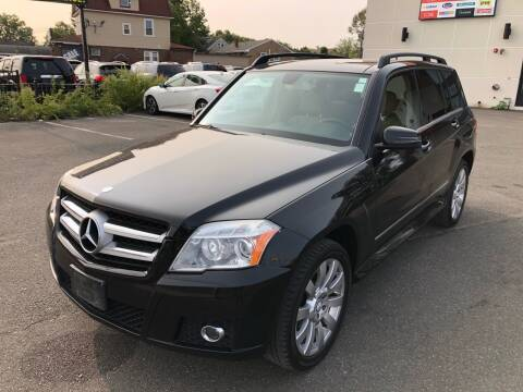2010 Mercedes-Benz GLK for sale at MAGIC AUTO SALES in Little Ferry NJ