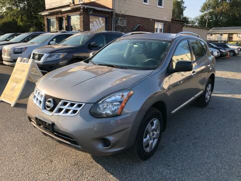 2014 Nissan Rogue Select for sale at MAGIC AUTO SALES in Little Ferry NJ