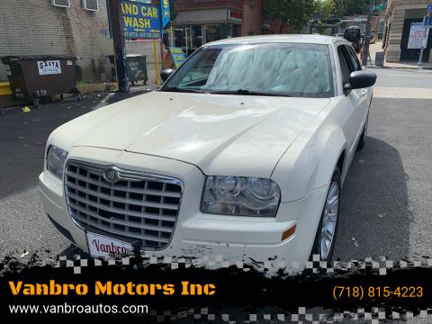 2006 Chrysler 300 for sale at Vanbro Motors Inc in Staten Island NY