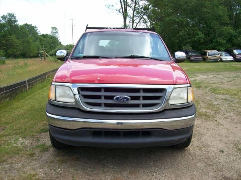 2000 Ford F-150 2dr XLT Standard Cab LB RWD - Plainwell MI