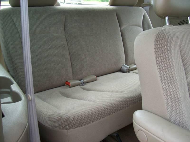2002 Chrysler Voyager 4dr Mini-Van - Plainwell MI