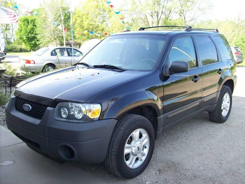 2006 Ford Escape AWD XLS 4dr SUV w/Automatic - Plainwell MI