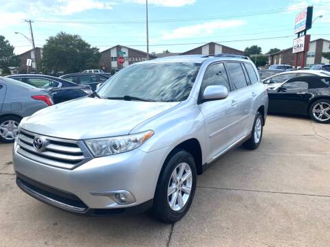 2011 Toyota Highlander for sale at Car Gallery in Oklahoma City OK