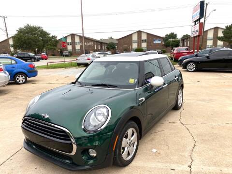 2016 MINI Hardtop 4 Door for sale at Car Gallery in Oklahoma City OK