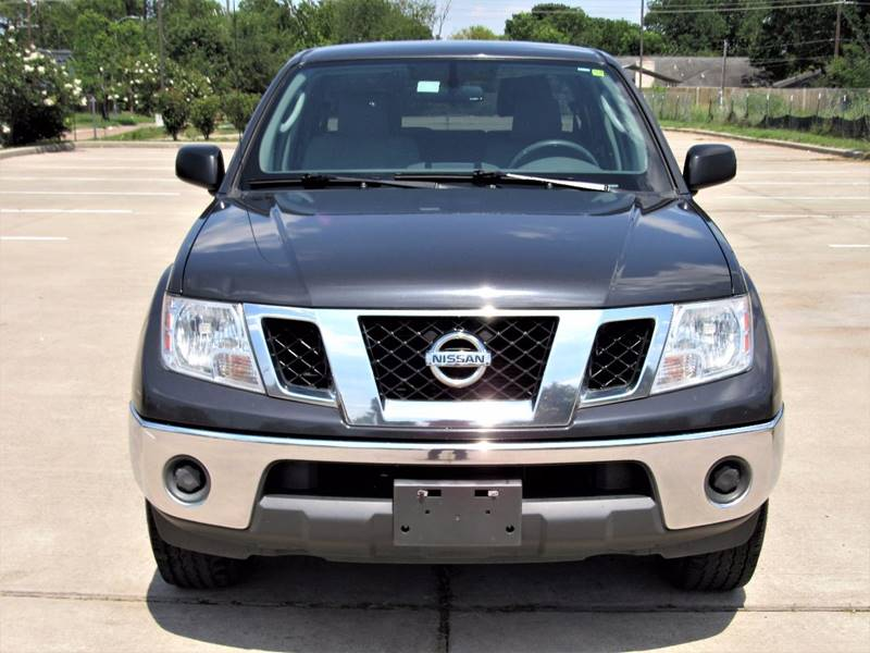 2010 nissan frontier le 4x2 4dr crew cab swb pickup 5a in houston tx tx enterprises. Black Bedroom Furniture Sets. Home Design Ideas