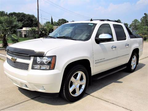 2011 Chevrolet Avalanche for sale in Houston, TX