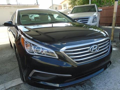 2017 Hyundai Sonata for sale in Hialeah, FL
