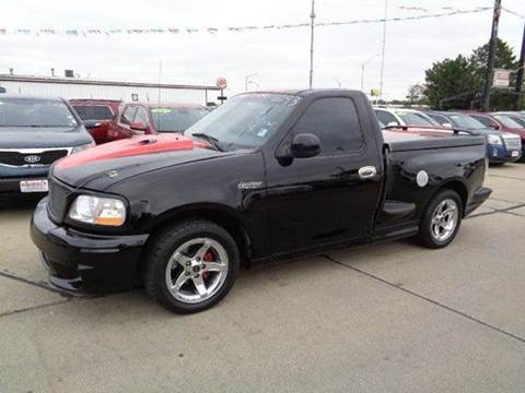 2002 Ford F-150 SVT Lightning for sale at De Anda Auto Sales in South Sioux City NE