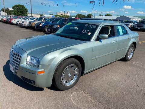 2006 Chrysler 300 for sale at De Anda Auto Sales in South Sioux City NE