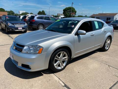 2011 Dodge Avenger for sale at De Anda Auto Sales in South Sioux City NE