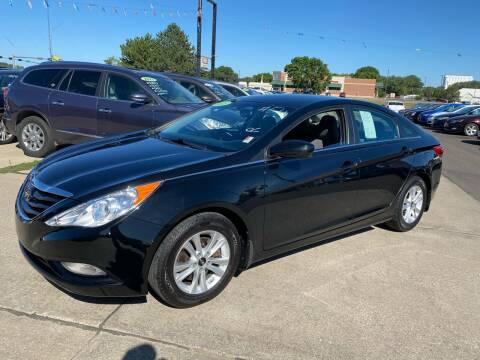 2013 Hyundai Sonata for sale at De Anda Auto Sales in South Sioux City NE