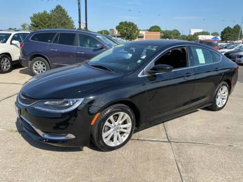 2015 Chrysler 200 for sale at De Anda Auto Sales in South Sioux City NE
