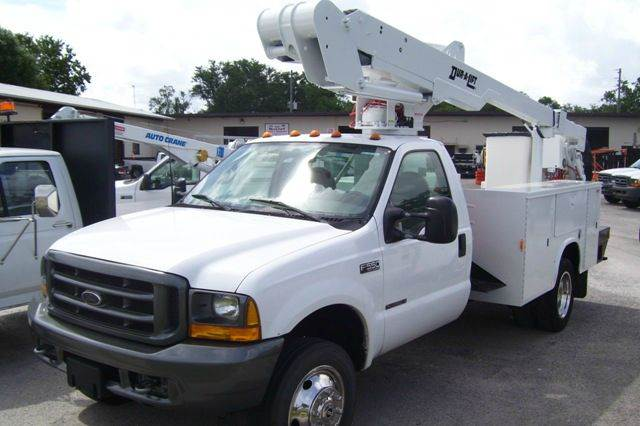 2000 Ford F-550 for sale at buzzell Truck & Equipment in Orlando FL