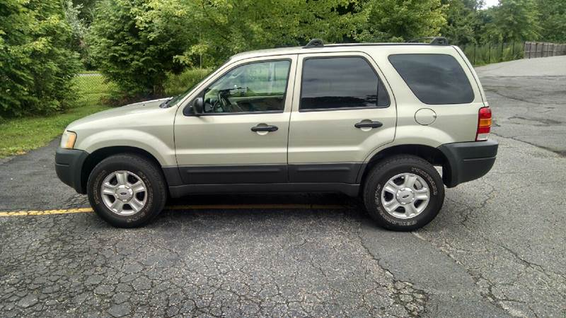 2004 Ford Escape XLT 4WD 4dr SUV - Mahopac NY