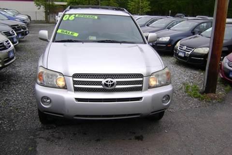 2006 Toyota Highlander Hybrid for sale at Balic Autos Inc in Lanham MD