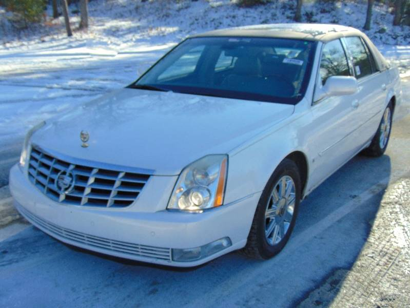 2006 cadillac dts luxury i 4dr sedan in waterbury ct lakewood auto. Black Bedroom Furniture Sets. Home Design Ideas