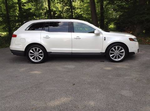 2010 Lincoln MKT for sale in Fruitport, MI